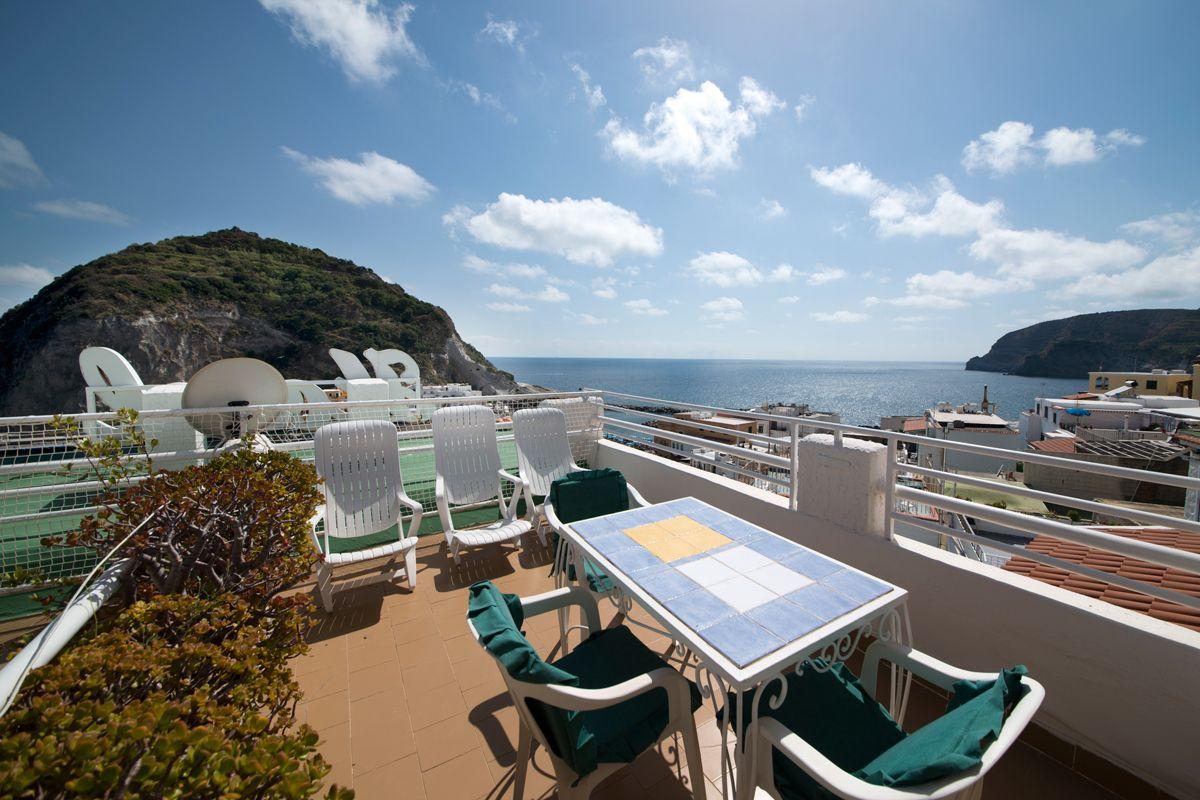Camere vista mare laterale Hotel La Palma a Sant'Angelo d'Ischia